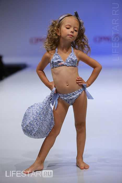 Модно в сезоне: Детская мода весна 2011 в Одинцово: http://modnonosim.blogspot.com/2012/01/2011_31.html